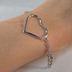 Jewelry - Silver Love Heart Charm Dangle Brackelet